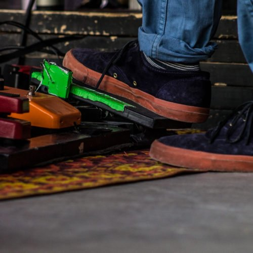 The 5 Best Noise Free Pedal Board Power Supplies For Guitarists