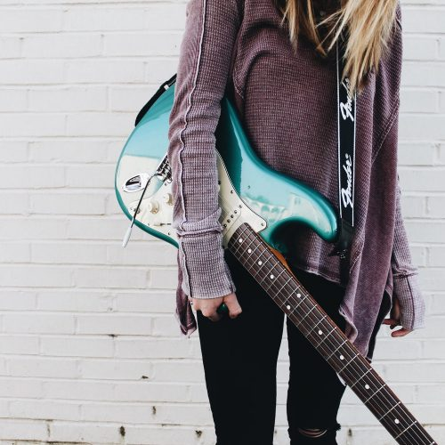 The 5 Best Guitar Straps For Electric Guitars