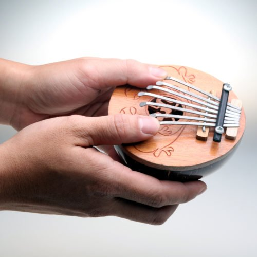 The 5 Best Kalimbas For Beginners