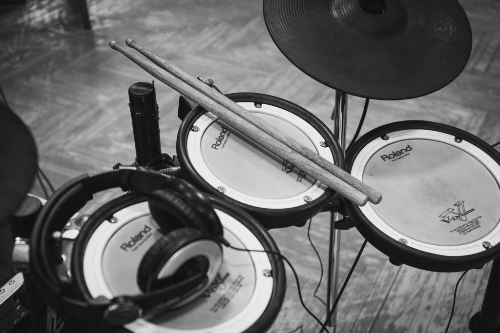 5 Best Electronic Drum Kits For Beginners