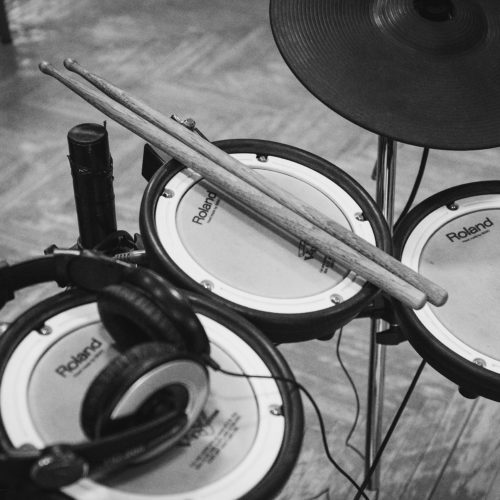 The 5 Best Electronic Drum Kits For Beginners