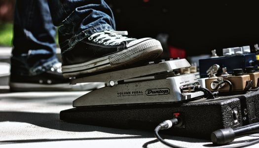 The 5 Best Power Supplies For Small Pedalboards