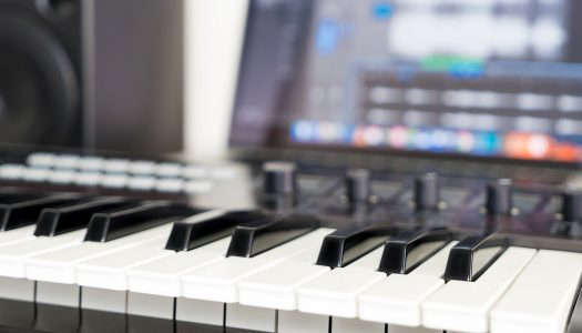 The 5 Best MIDI Controllers for Beginners