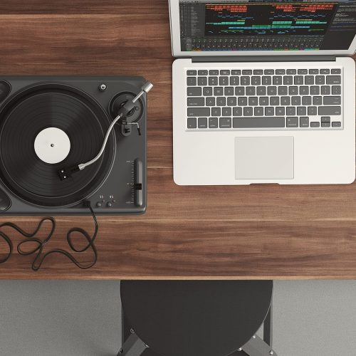The 5 Best Turntables For Beginners