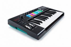 best launchkey 25 midi controller for beginners