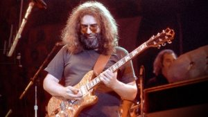 what kind of guitar did jerry garcia play