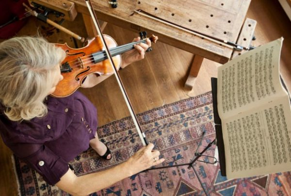 featured image: best violin for professionals